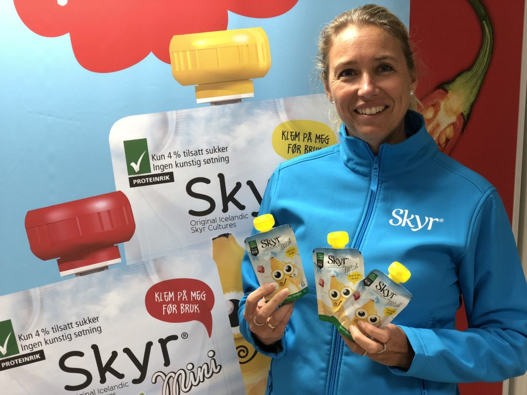 Kristine Aasheim markedsdirektør i Q med Skyr mini
